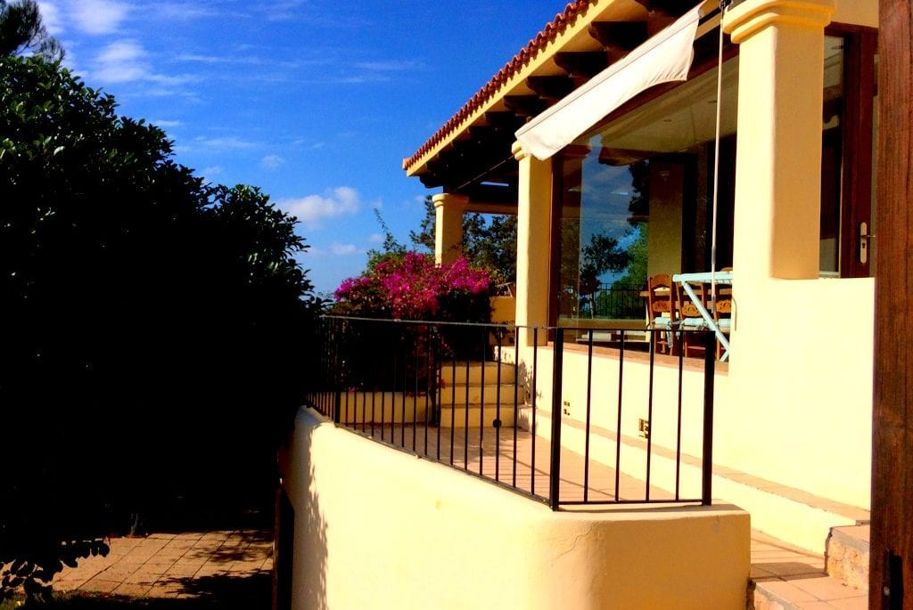 Steps lead to terrace at Villa Olivos