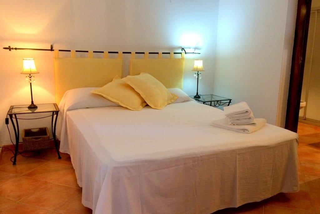 Double bedroom at Villa Los Olivos