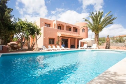 large villa near playa den bossa