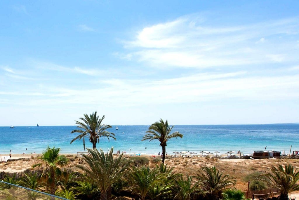 view of playa den bossa