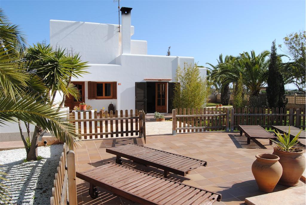 Villa Ania near Playa den Bossa.