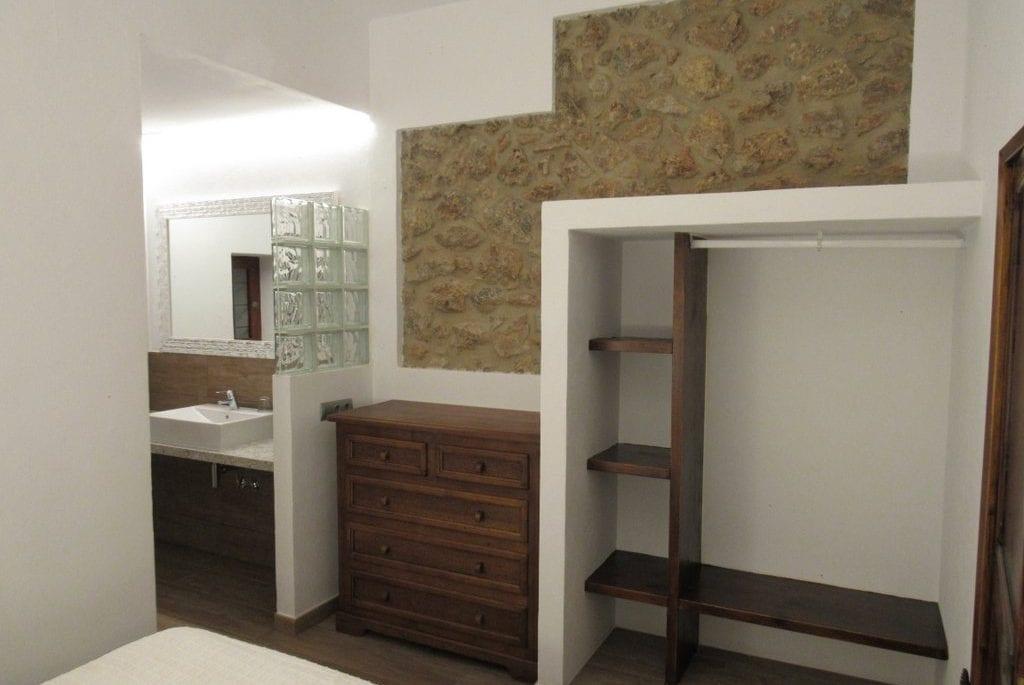 New annex bedroom and en suite shower
