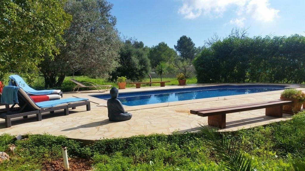Great value villa rental in Ibiza town