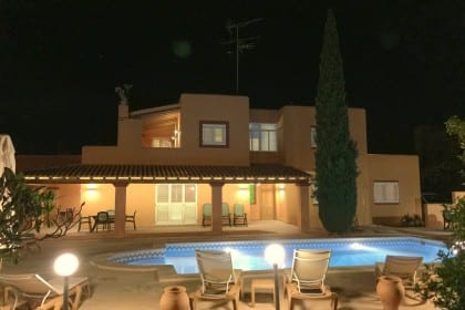 Villa close to Ibiza town with private pool