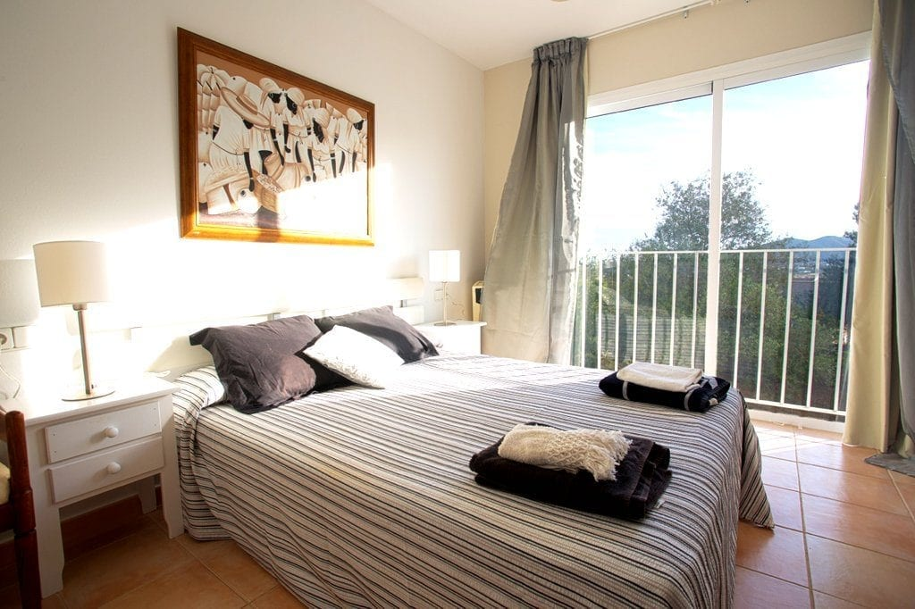 Spacious Double Bedroom with terrace overlooking the countryside