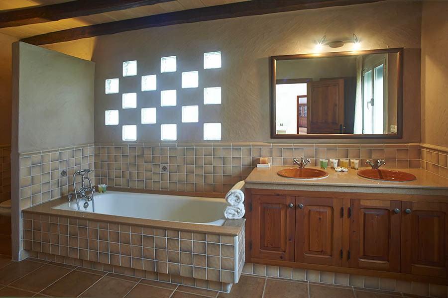 Amazing bathroom amazing villa for rent near ibiza town