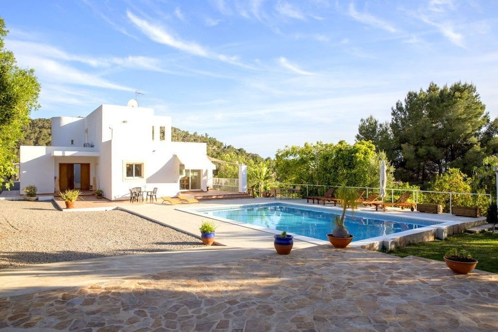 ibiza villa discount week 8