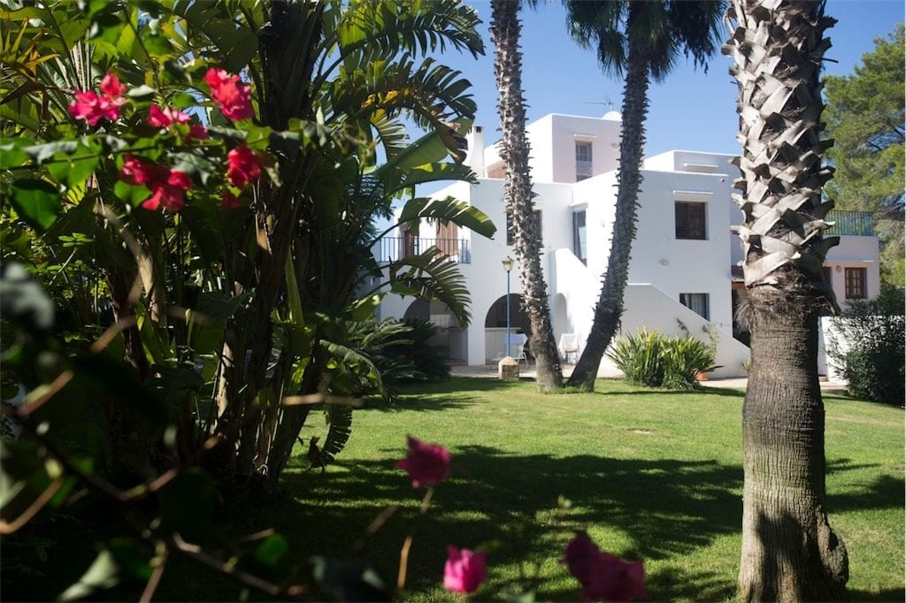 Ibiza Villa rental discount week 10