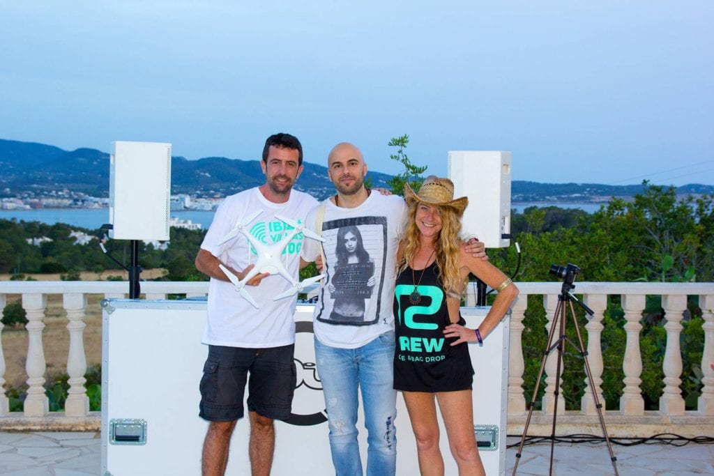 DJ UNER live with DJMag and Ibiza Villas 2000