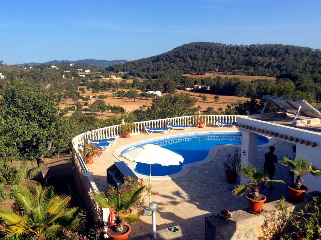renting a villa in Ibiza